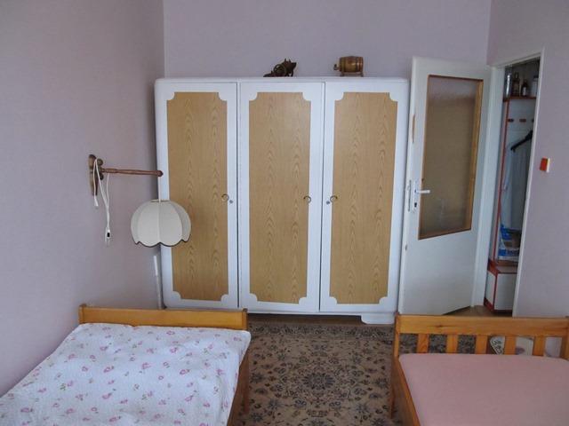 Pokoj pro 2 dívky