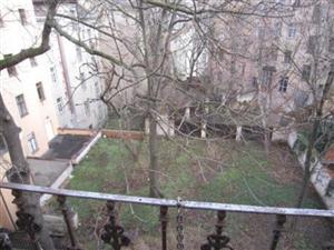 Pohled do zahrady.jpg